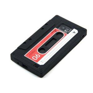 Eine Smartphone Hülle in Form einer Kompaktkassette