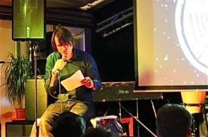 Holger Schwetter während des Vortrags im Big Buttinsky.
